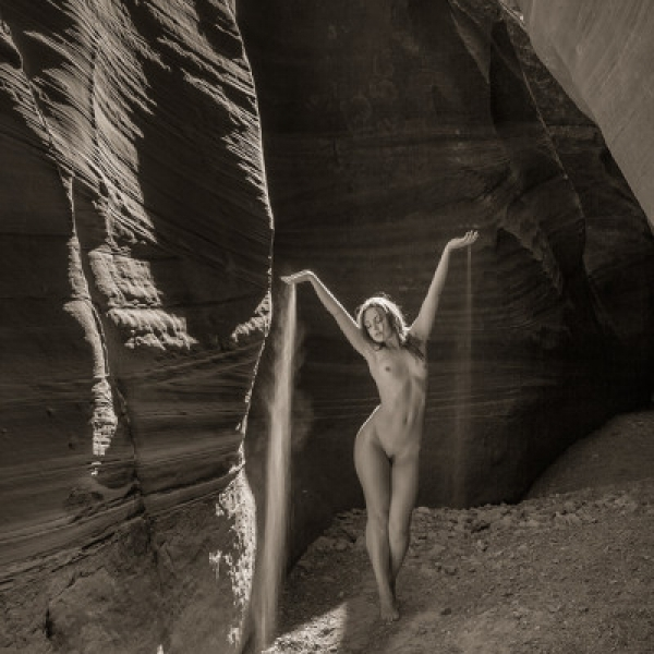 NUDE LAKE POWELL ANASTASIA